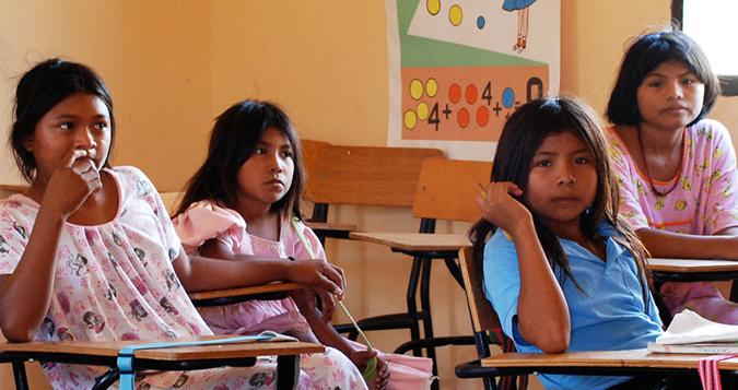 Los niños indígenas Wayuu en el pueblo de Pessuapa, Colombia.