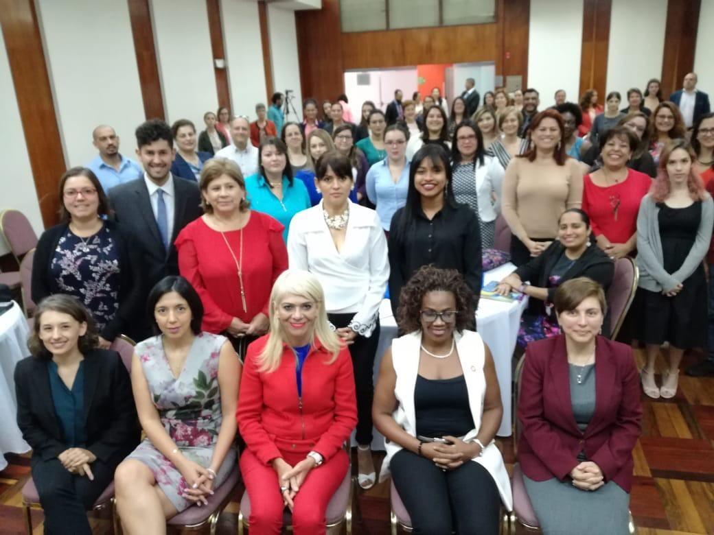 Educación técnico-profesional y STEM en Costa Rica.