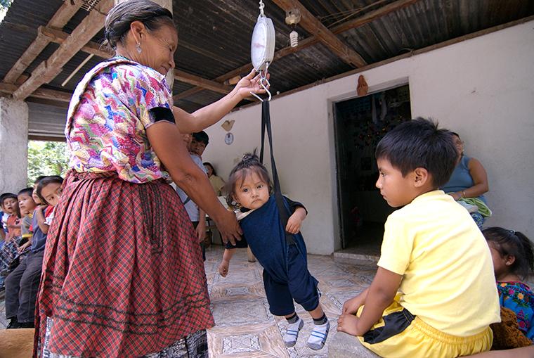 Experiencia chilena reducción desnutrición desafíos actuales obesidad