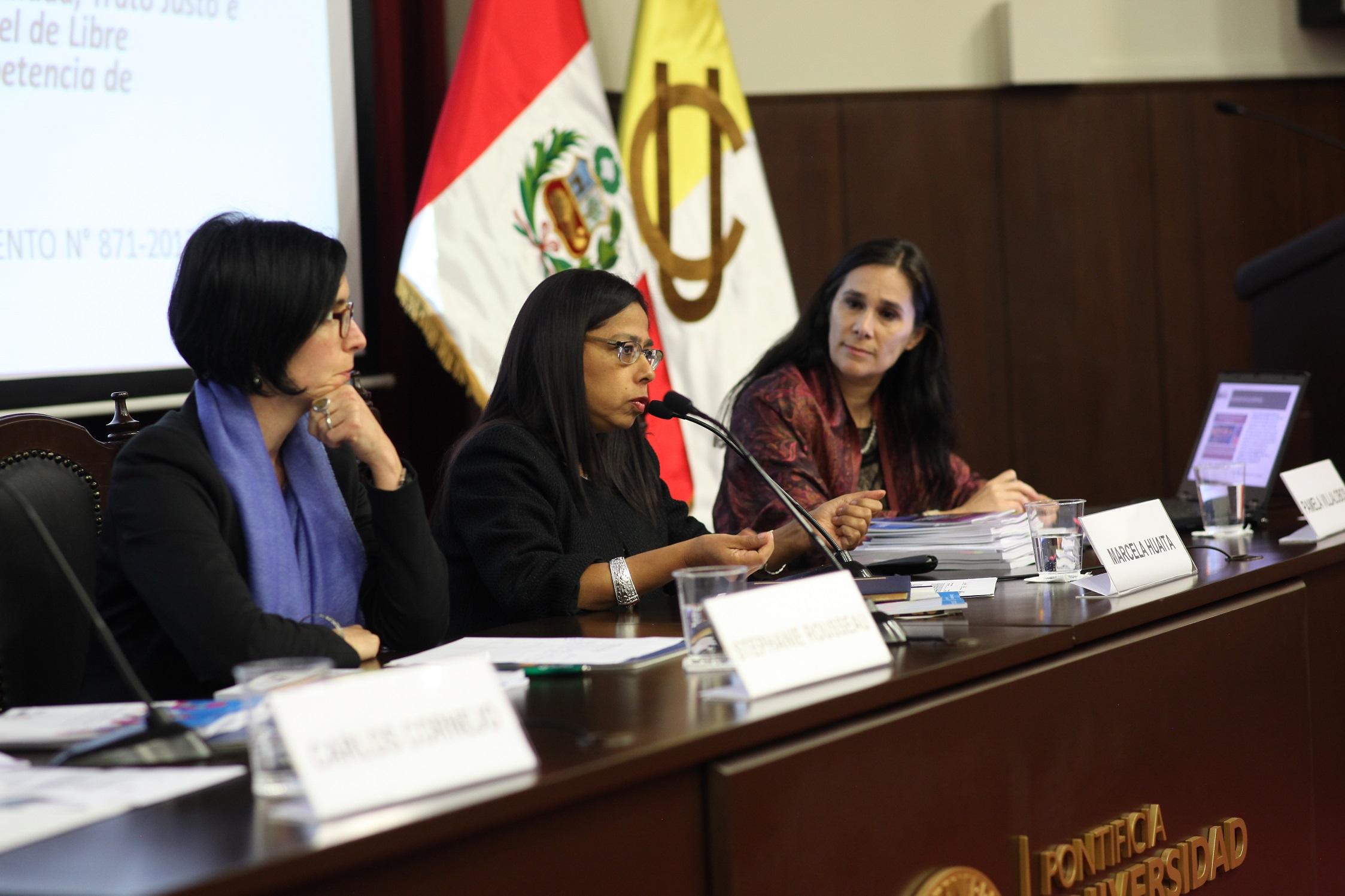 En Perú se analiza el aporte del enfoque de género dentro del paradigma de los derechos humanos y sus implicancias para las políticas públicas