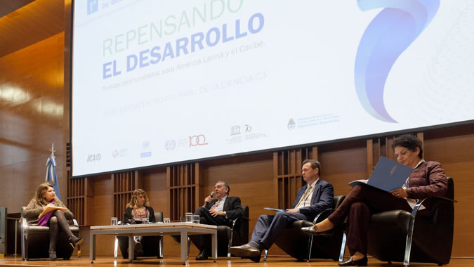 El Simposio Latinoamericano de Bioeconomía se realizó en Buenos Aires, Argentina, el 10 de julio de 2019