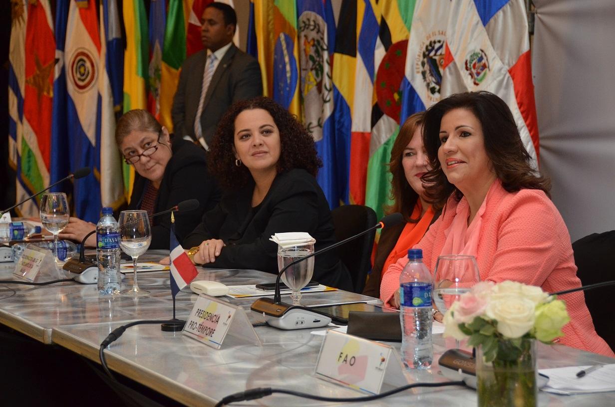 Países de la región analizan la seguridad alimentaria y autonomía de las mujeres en el contexto del desarrollo sostenible.