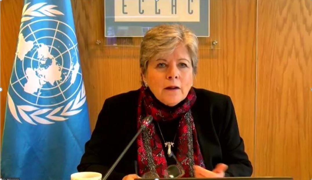 Inversión para universalizar servicios básicos en América Latina y el Caribe hacia 2030