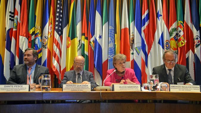 La Secretaria Ejecutiva de la CEPAL, Alicia Bárcena, durante una consulta regional de ACNUDH.