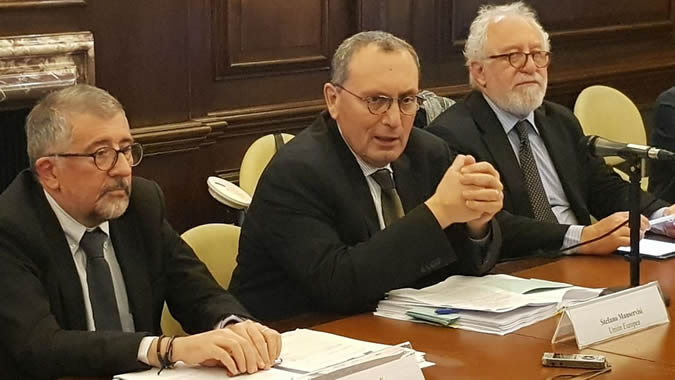 From left to right, Mario Cimoli, Deputy Executive Secretary a.i. of ECLAC, Stefano Manservisi, General Director of International Cooperation and Development of the European Commission and Mario Pezzini, Director of the Development Center of the OECD.