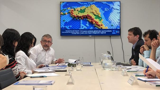 Imagen de la presentación del documento.