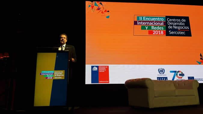 Giovanni Stumpo, Jefe de la Unidad de Inversiones y Estrategias Empresariales de la División de Desarrollo Productivo y Empresarial (DDPE) de la CEPAL, durante la inauguración del evento.