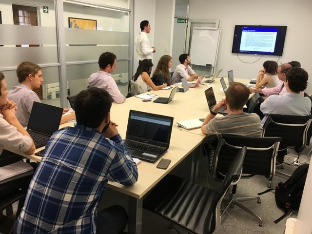 Curso de modelización stock-flujo consistente para el diseño y la evaluación de políticas