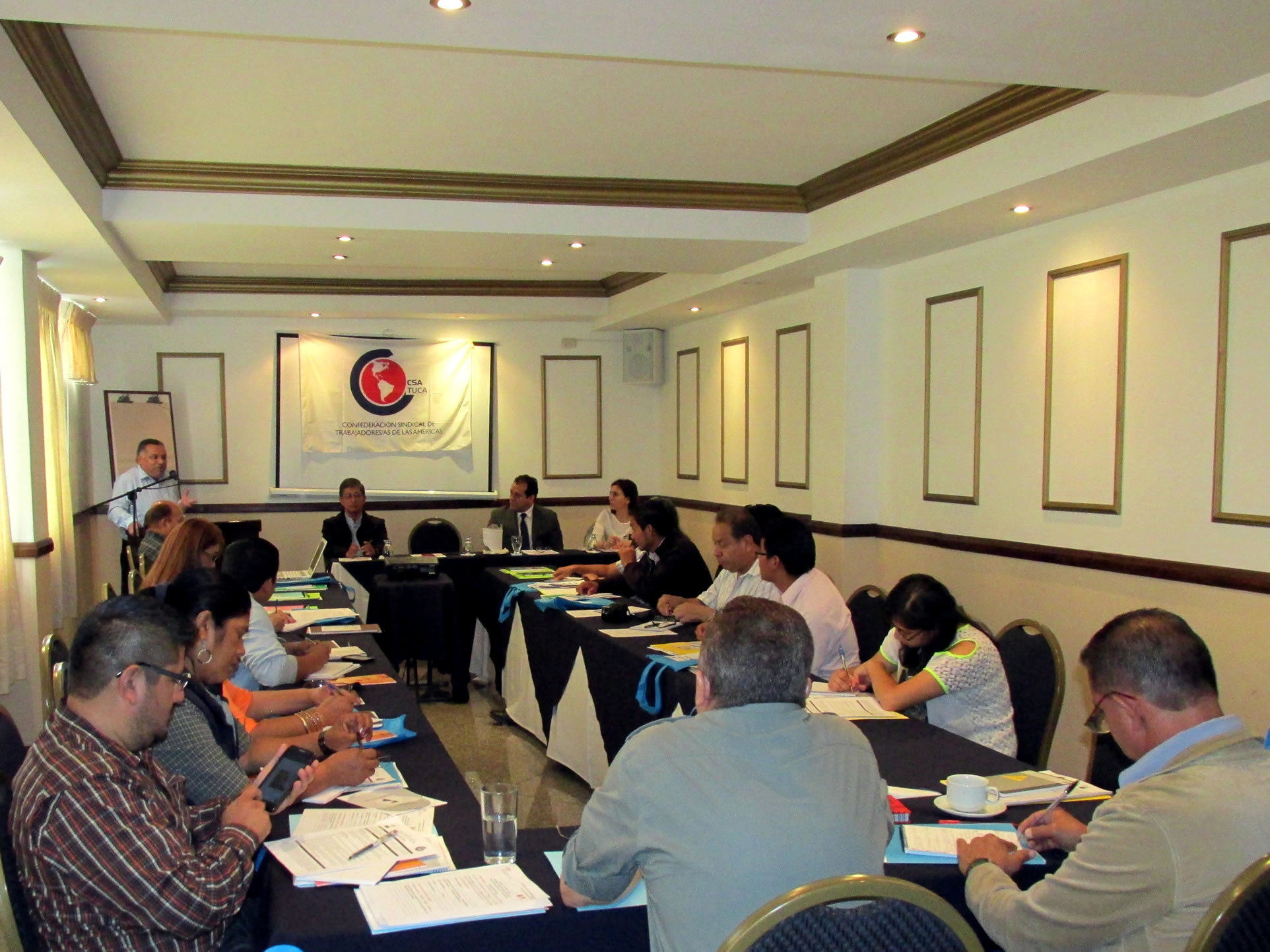 Curso sobre Desarrollo sostenible con inclusión social