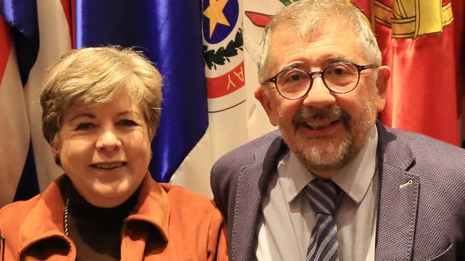 Mario Cimoli, junto a la Secretaria Ejecutiva de la CEPAL, Alicia Bárcena