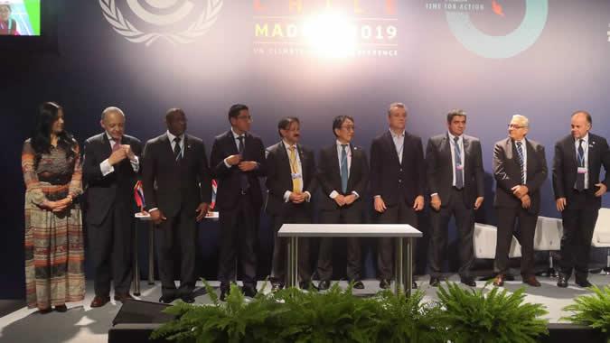 Ministros y representantes de FAO y CEPAL que asistieron al lanzamiento de la Plataforma de Acción Climática en Agricultura (PLACA), en el marco de la COP 25 que se realiza en Madrid