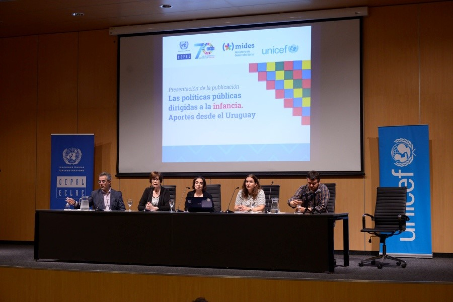 La presentación del libro se realizó el 12 de noviembre en Montevideo, Uruguay.
