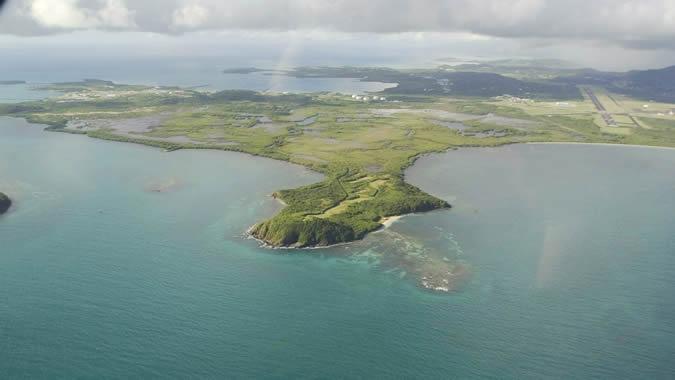 Foto aérea de una isla del Caribe