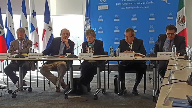 Imagen del Conversatorio: El Ingreso Básico Ciudadano, la emancipación social y las nuevas políticas públicas con enfoque de derechos.