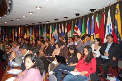 En el seminario internacional se analizarán experiencias y políticas para superar las disparidades en este ámbito.