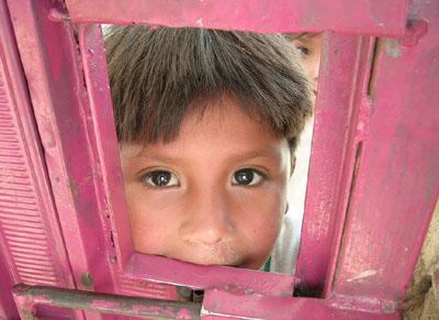 En total, hay 6,5 millones de niños y niñas sin certificado de nacimiento en la región, plantea un artículo del Boletín Desafíos, editado por CEPAL y UNICEF.