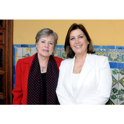 The Executive Secretary of ECLAC, Alicia Bárcena, with Peruvian Foreign Affairs Minister, Eda Rivas, during a meeting held in Lima in January.