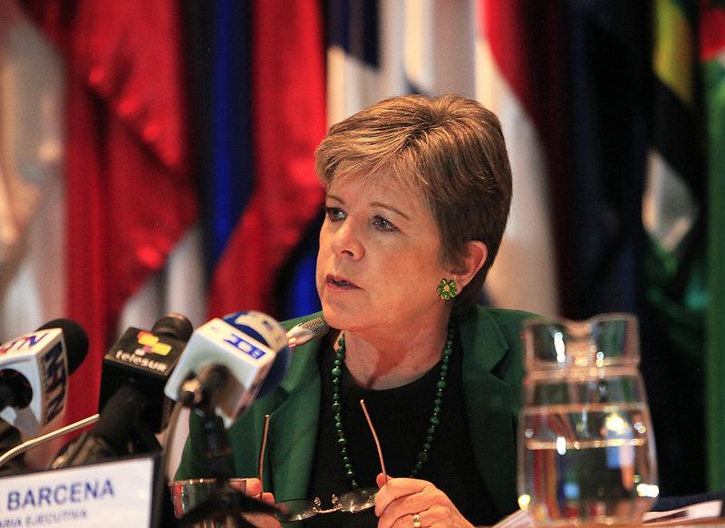 La Secretaria Ejecutiva de la CEPAL, Alicia Bárcena, durante la conferencia de prensa de lanzamiento del Estudio Económico de América Latina y el Caribe 2013.