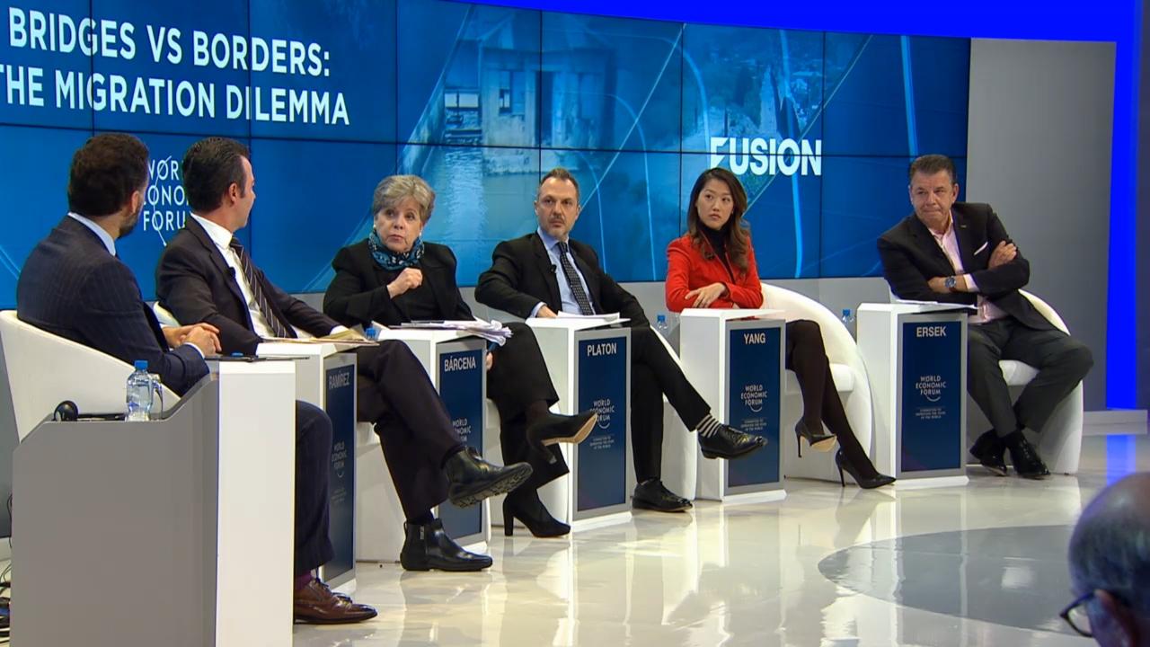 La Secretaria Ejecutiva de la CEPAL, Alicia Bárcena, durante su participación en la sesión titulada Bridges vs Borders: The Migration Dilemma (Puentes versus fronteras: el dilema de la migración).