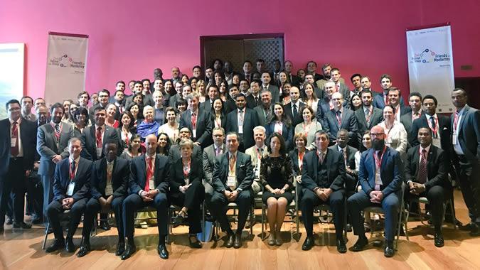Foto grupal Amigos de Monterrey