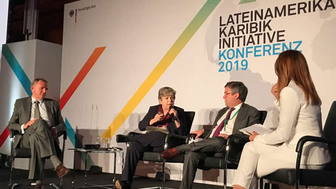 Alicia Bárcena, ECLAC Executive Secretary (center) during her presentation at the Latin America-Caribbean Conference held in Berlin, Germany