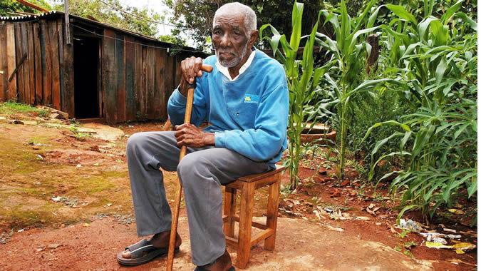 foto de persona mayor