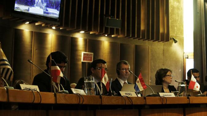 Foto de delegados en la reunión