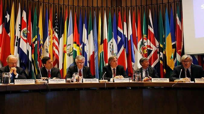 Lanzamiento libro sostenibilidad fiscal