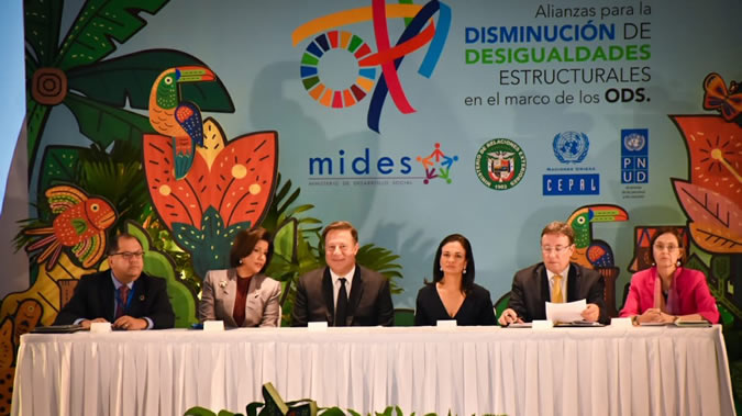 The event is organized by the Government of Panama, ECLAC and UNDP.