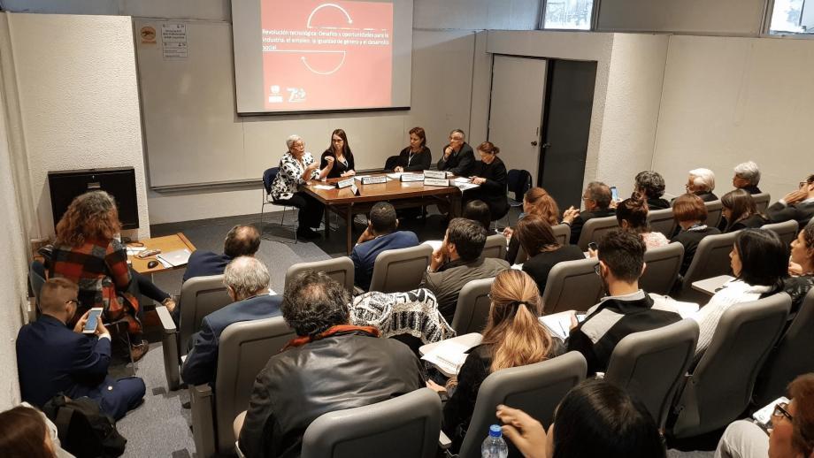Evento - desarrollo social en el contexto de la revolución tecnológica