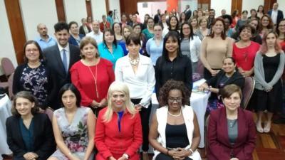Autoridades y especialistas analizaron en Costa Rica la situación de las mujeres en el sistema de educación técnico-profesional
