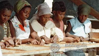 Grupo de mujeres trabajando