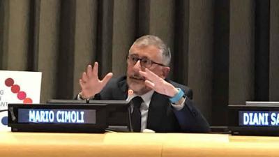 Mario Cimoli, Secretario Ejecutivo Adjunto de la CEPAL, durante su presentación en la sede de las Naciones Unidas en Nueva York