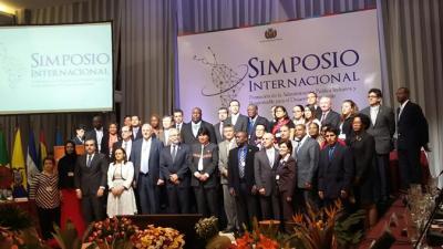 Imagen de la apertura del simposio en Bolivia.