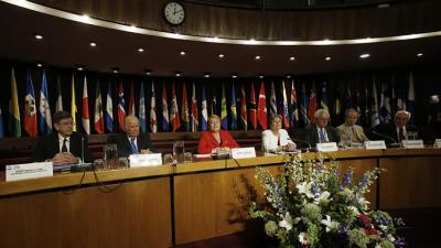Foto testera seminario 70 años de la CEPAL