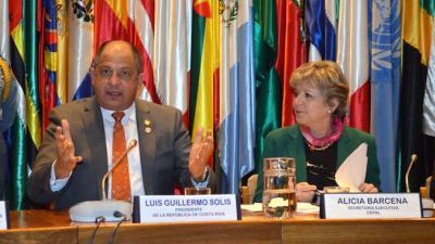 El Presidente de Costa Rica, Luis Guillermo Solís, y la Secretaria Ejecutiva de la CEPAL, Alicia Bárcena.