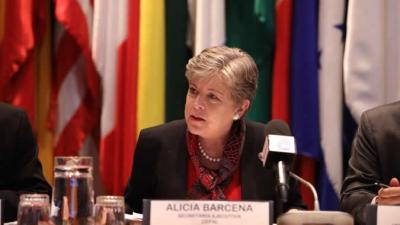 Alicia Bárcena, ECLAC Executive Secretary, during the presentation of the report