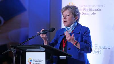 La Secretaria Ejecutiva de la CEPAL, Alicia Bárcena, durante la inauguración de la XIV Conferencia de Ministros y Jefes de Planificación de América Latina y el Caribe.