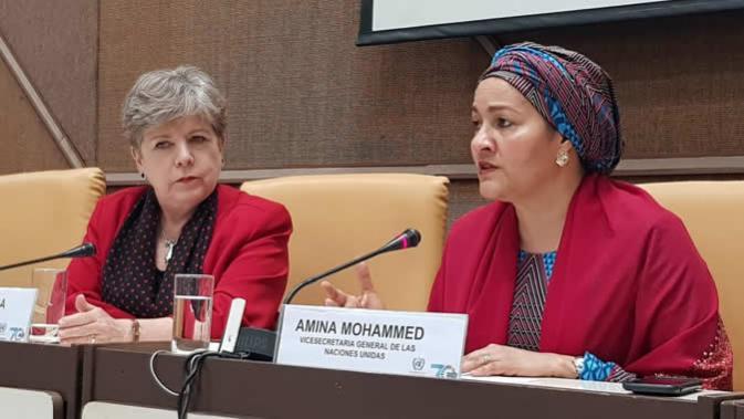 Amina Mohammed, Vicesecretaria General de las Naciones Unidas (derecha), junto a Alicia Bárcena, Secretaria Ejecutiva de la CEPAL