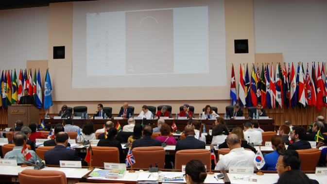 Foreign Ministers dialogue at ECLAC's 37th Session