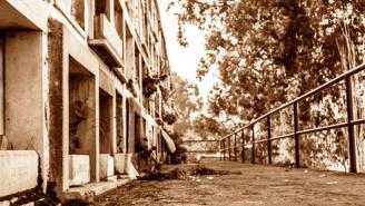 Edificio en Sepia