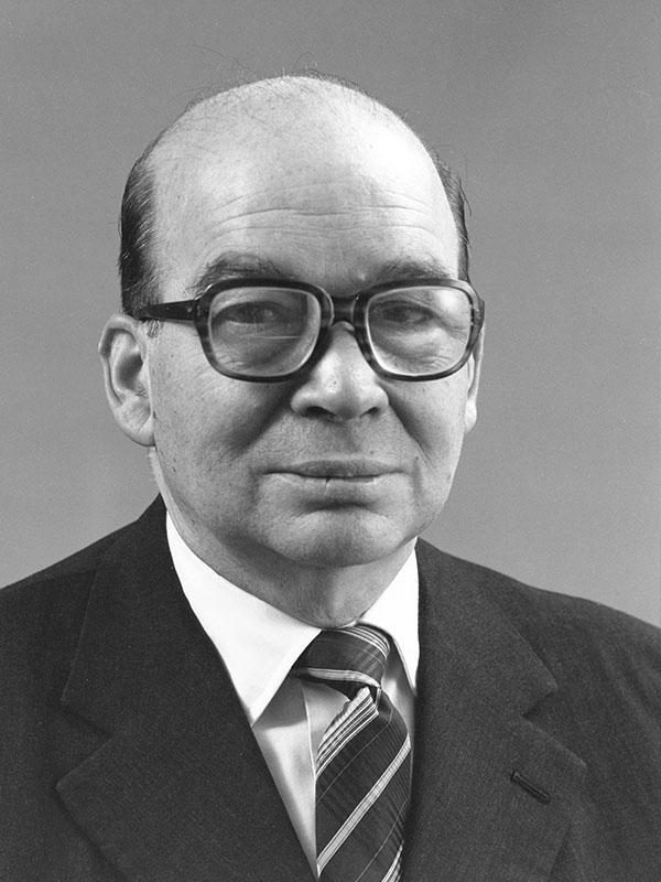 Former Executive Secretary Norberto González
